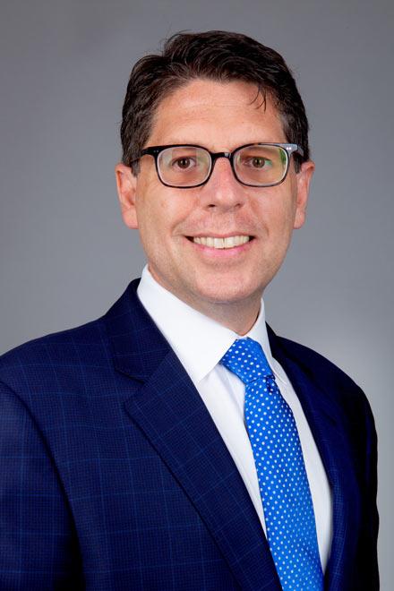 Mark G Peters headshot - Peters Brovner LLP